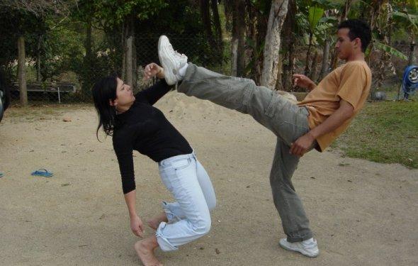 Как научиться драться девочке